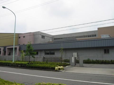 小山ヶ丘中央小学校2.jpg